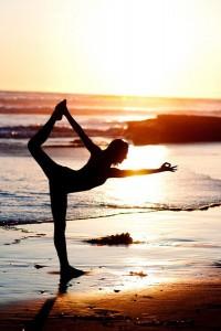 BEACH_dancers_pose_grande